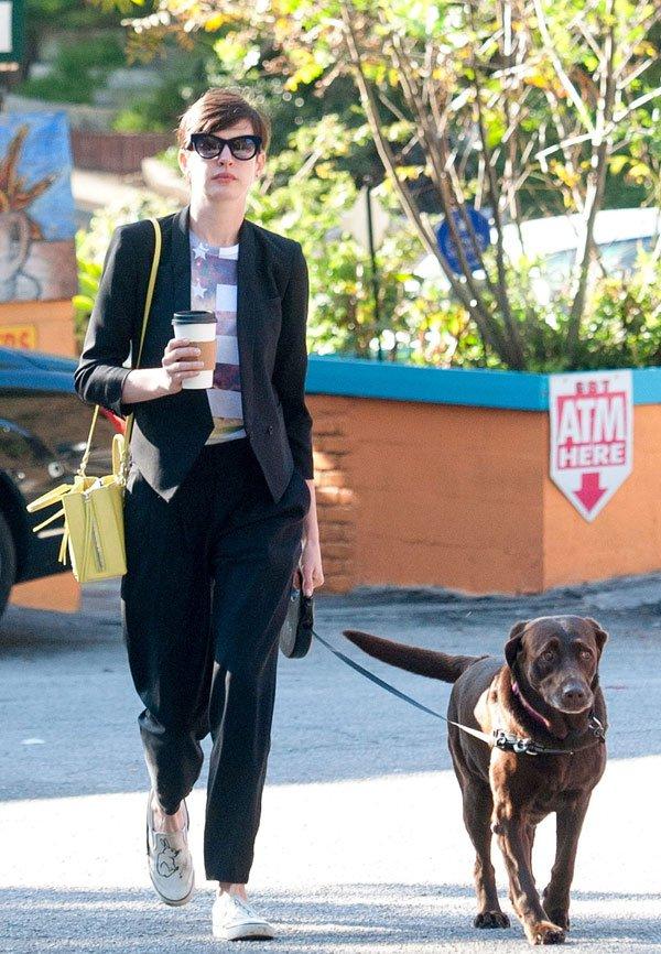 Anne Hathaway - macacão - macacão - verão - street style