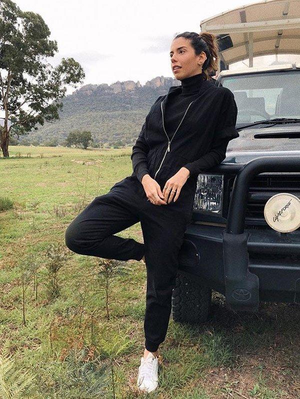 Camila Coutinho - moletom - monocromático - meia estação - Austrália