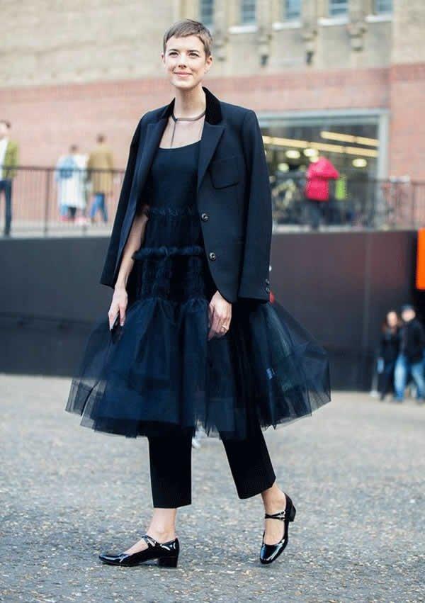 it girl - vestido-tule-preto-calca-sapato-salto-baixo - vestido  - meia estação - street style