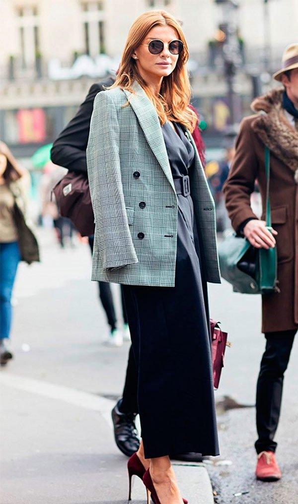 It Girl - blazer-xadrez-saia-midi-camisa-scarpin - blazer xadrez - Meia Estação - Street Style