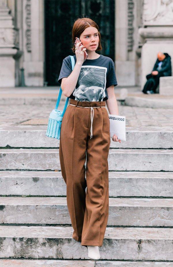 It Girl - calca-clochard-tshirt-vintage-sapato-branco - calça clochard - Meia Estação - Street Style