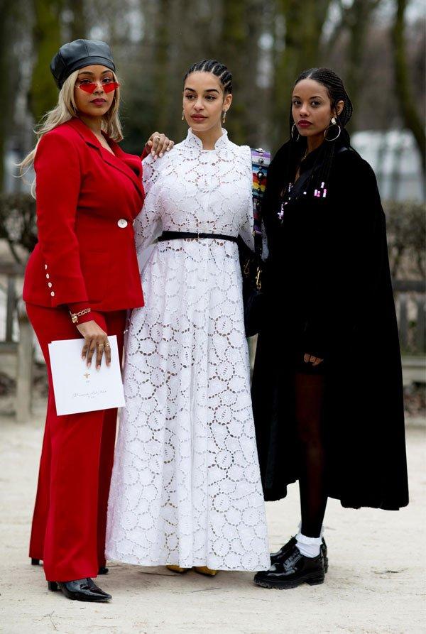 it girl - vestido-branco-conjunto-vermelho - vestido - meia estação - street style