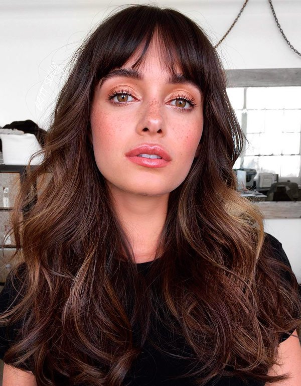 it-girl - corte-cabelo-franja-beleza - curtain bangs - verão - estúdio