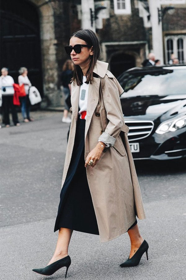 it girl - trechcoat-bege-saia-preta-camisa - trenchcoat - meia estação - street style