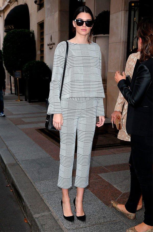 Kendall Jenner - conjunto-preto-branco - p&b - Meia Estação - Street Style