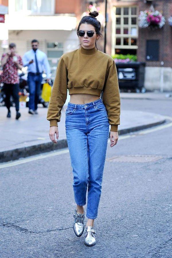 Kendall Jenner - moletom-cropped-calça-jeans - moletom - meia estação - street style