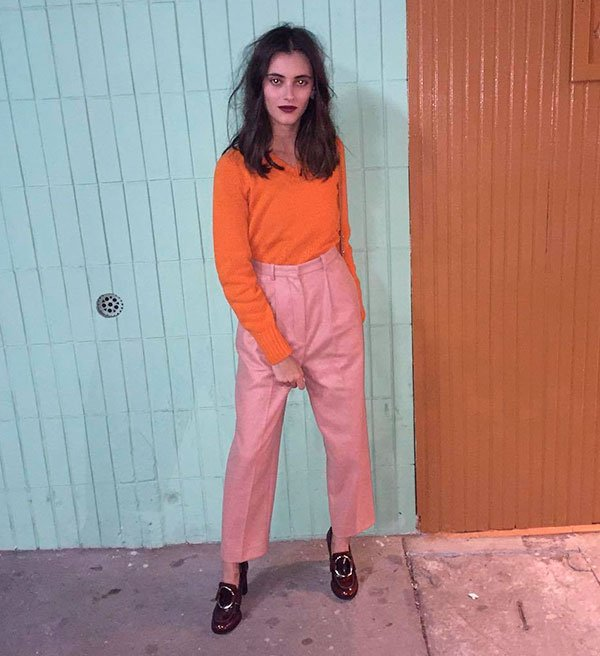 it girl - calça rosa blusa laranja - color blocking - verão - street style