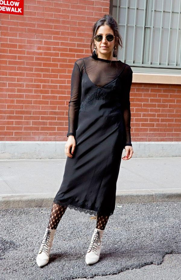 It Girl - sleep-dress-preto-meia-calça-camisete-preta - sleep dress - outono - Street Style