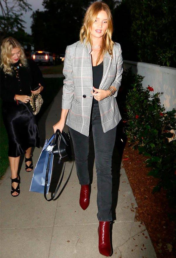 Rosie Huntington-Whiteley - blazer xadrez - xadrez - verão - street style