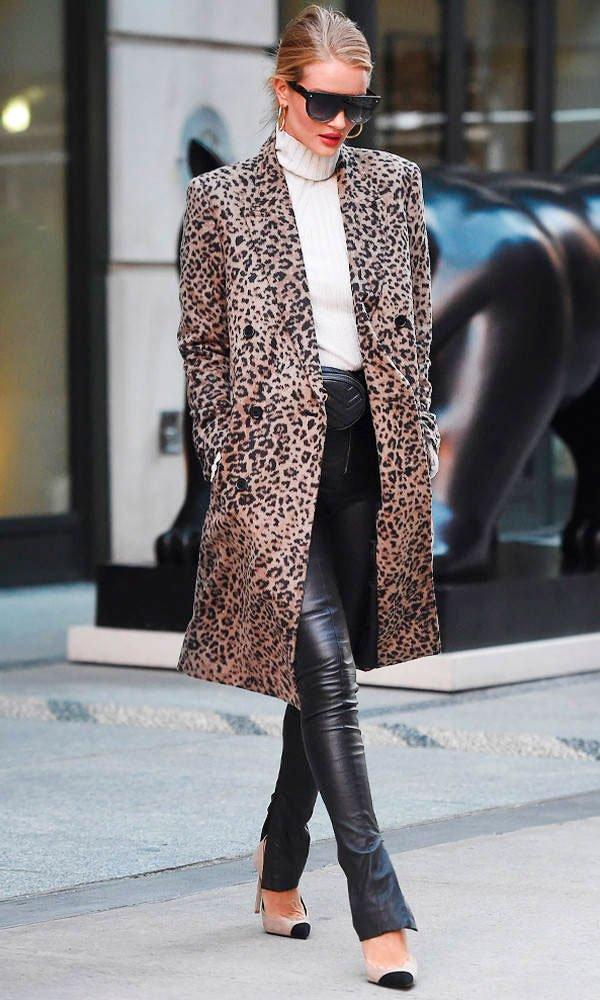 Rosie Huntington-Whiteley - casaco alongado - oncinha - inverno - street style
