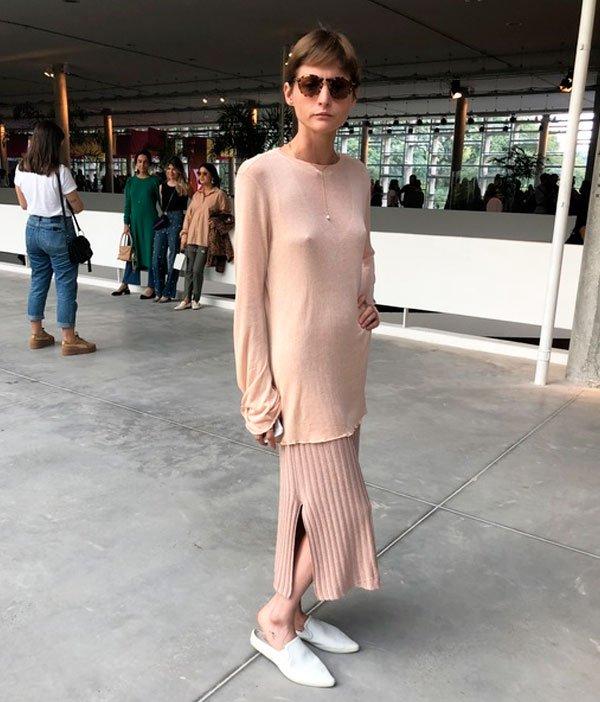 it-girl - tricot-oversidez-calca-nude-monocromatico - oversized monocromatico - meia estação - street style SPFW