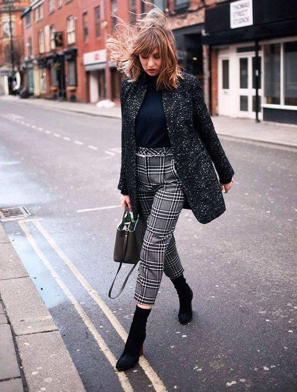 it-girl - gola-alta-calca-xadrez-bota-skinny - Sock Boots - inverno - street style