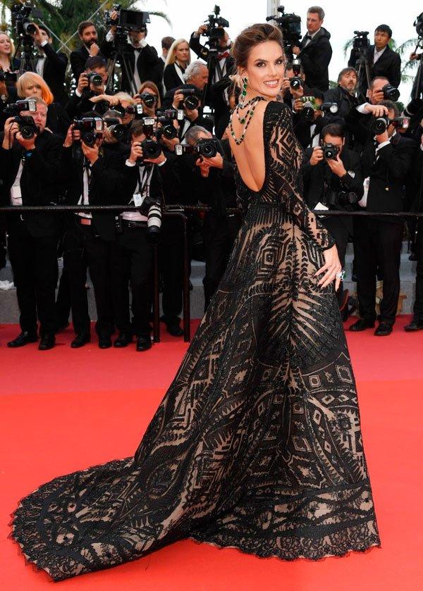 Alessandra Ambrósio - vestido - vestido colar - verão - Cannes 2018