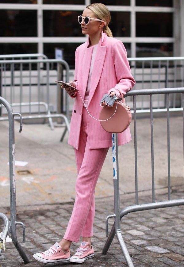 it girl - calca-alfaiataria-rosa-blazer-rosa-all-star-rosa - all star - inverno - street style
