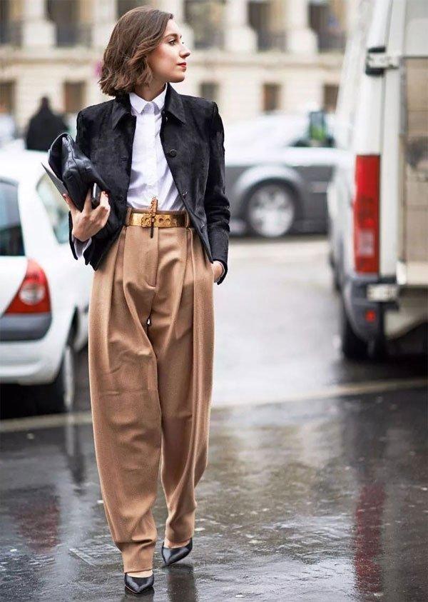 it-girl - calça-caramelo-camisa - pantalona - inverno - office-look
