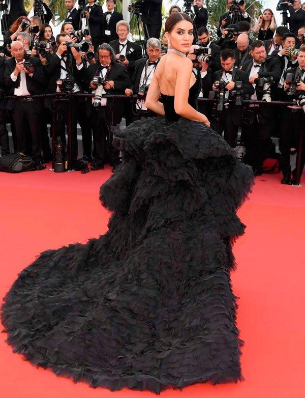 Camila Coelho veste Ralph & Russo - vestido-preto-gala - vestido gala - verão - Festival de Cannes 2018