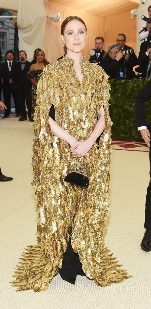 Evan Rachel Wood  - vestido-penas-douradas - vestido  - meia estação - street style