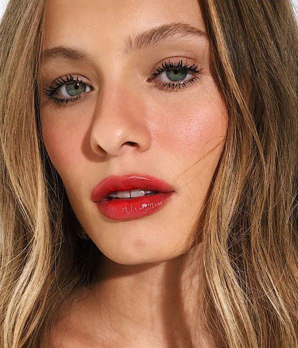 it-girl - maquiagem-beleza-batom-vermelho-rimel-blush - batom-vermelho - verão - estúdio