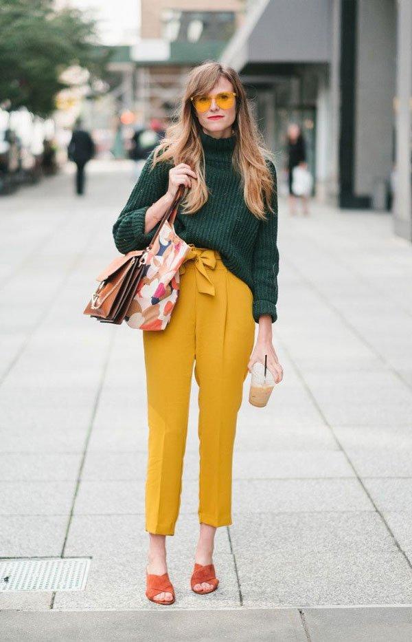 it girl - calca-amarela-casaco-verde-oculos-amarelo - óculos colorido - meia estação - street style
