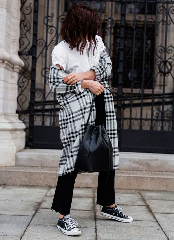 it-girl - casaco-xadrez-look-bucket-bag - bucket bag - inverno - street style