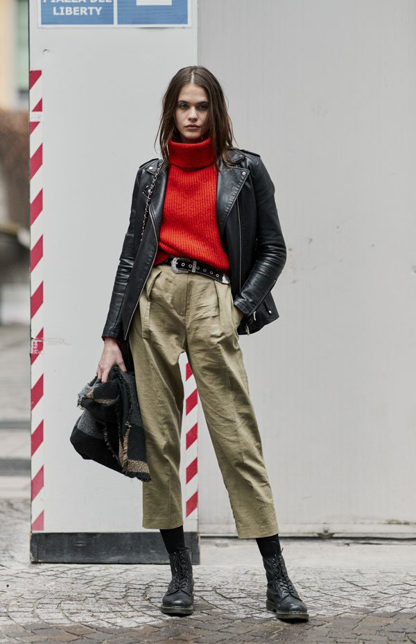 it girl - turtleneck-vermelho-calca-verde-coturno-meia-calca - turtleneck - inverno - street style