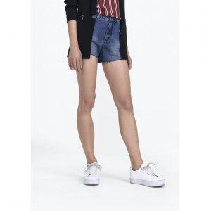 Shorts Jeans Com Aplicação De Pedraria