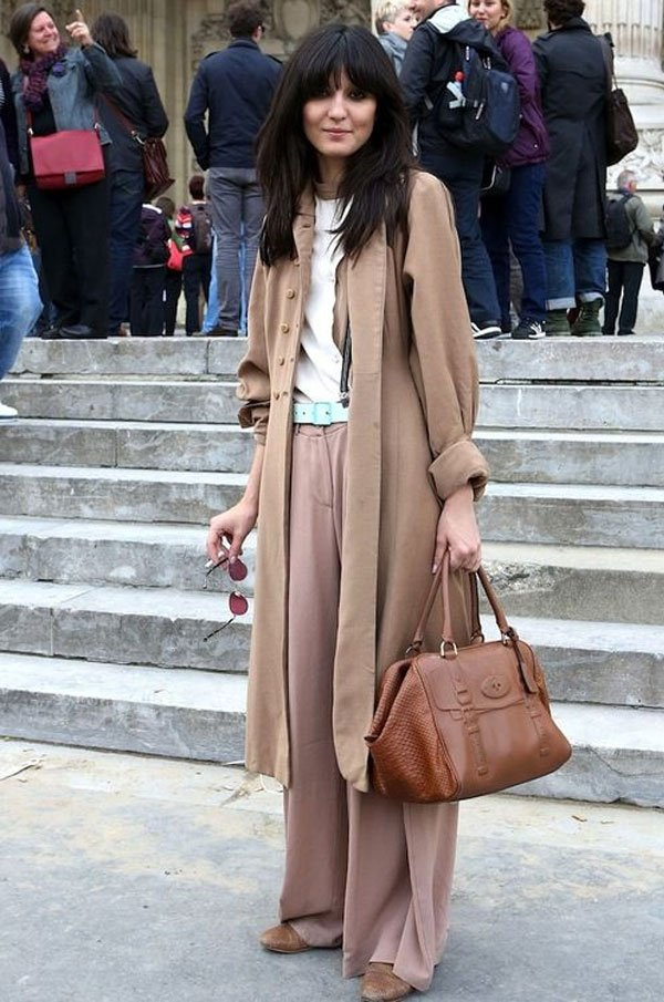 it girl - casac-bege-caiseta-branca-bege-calca-bege-escura - bege - inverno - street style