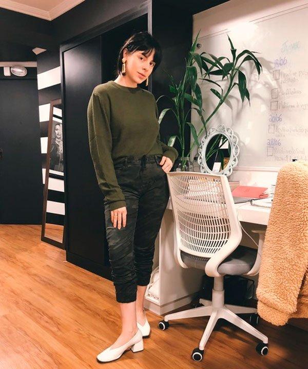 @Gabriela.Bonomi - tricot-verde-militar-calca - calça milita - meia estação - estúdio