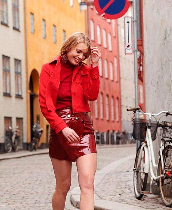it-girl - jaqueta-vermelha-saia-vermelha-look- - saia-couro-look-monocromatico - inverno - street style
