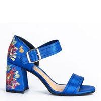 Sandália Tanara Bordada Azul