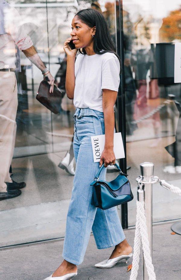 it girl - camiseta-jeans-salto-prata - salto baixo - meia estação - street style