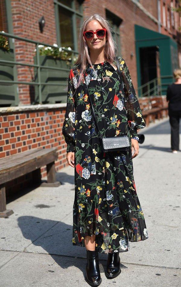 it girl - vestido-florido-bota-preta - vestido  - inverno - street style