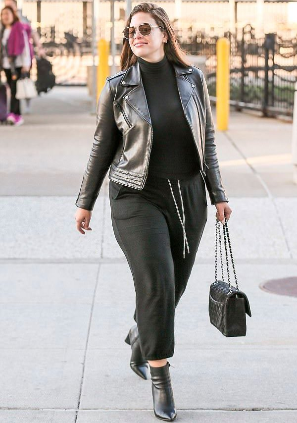 ashley graham - calca - preta - look - street style