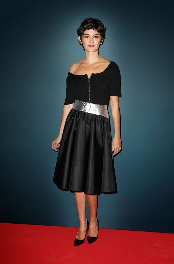 Audrey Tautou - vestido-midi-preto - vestido - meia estação - street style