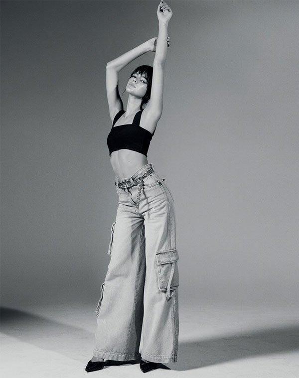 Bruna Marquezine - calca-top-sapato - calça - meia estação - street style