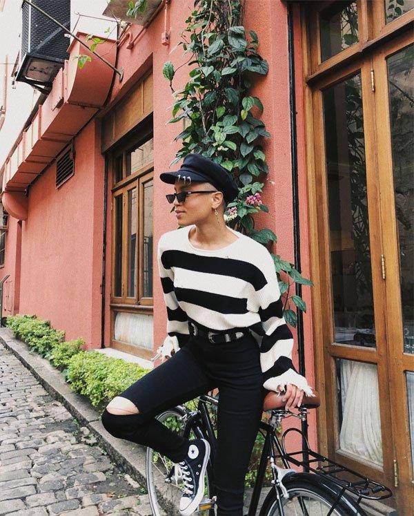 Cris Paladino - blusa-listrada-calça-preta - listras - inverno - street style
