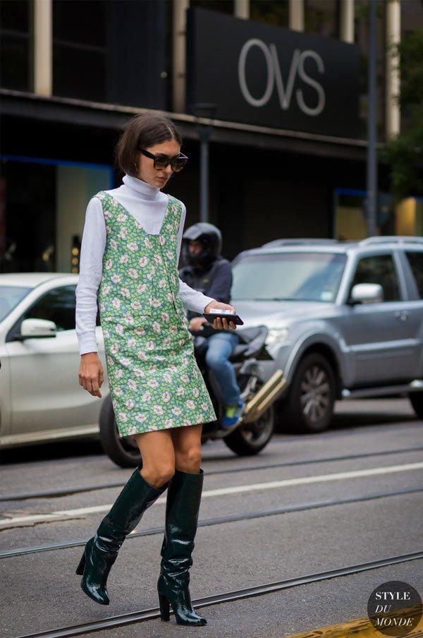 Diletta Bonaiuti - vestido-florido-turtleneck-bota-street-style - vestido - inverno - street style