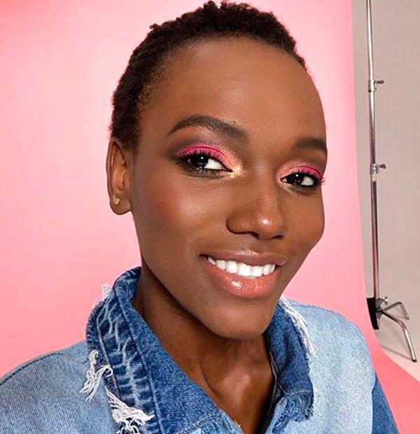 Herieth Paul/Reprodução - maquiagem-sombra-rosa-make-tendencia - sombra rosa - verão - street style