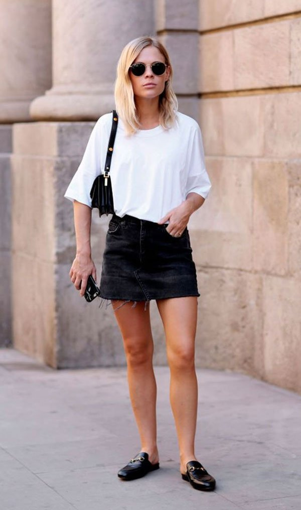 Jessie Bush - t-shirt-branca-saia-preta-mule - mule - verão - street style