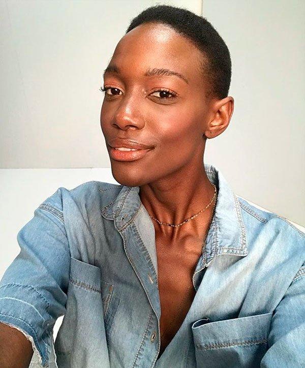 Mariane Calazan - mariane-calazan-maquiagem-glossy-beleza - maquiagem iluminada - verão - estúdio