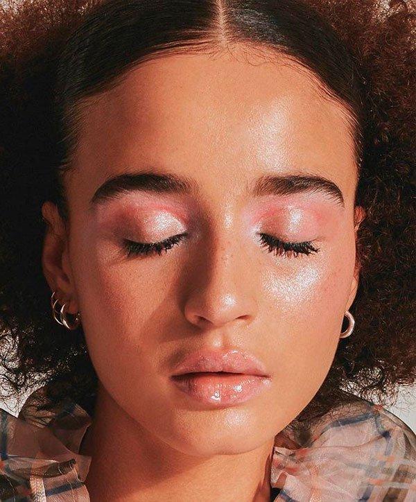 Marley Marl  - marley-marl-maquiagem-glow-glossy - maquiagem glossy - verão - estúdio
