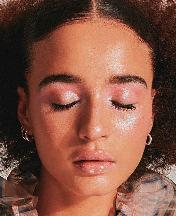 it-girl - sombra-rosa-glossy-beleza-make - sombra rosa - verão - estúdio