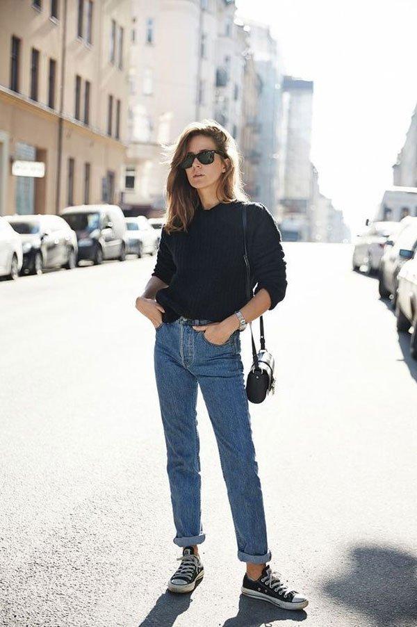 it-girl - tricot-preto-mom-jeans-street-style - mom-jeans - meia estação - street style