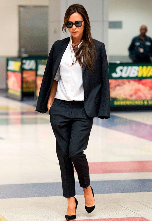 Victoria Beckham - look - moda - alfaiataria - preto