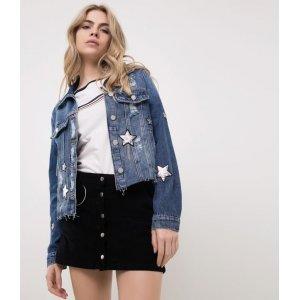 Jaqueta Jeans com Aplicacação de Estrelas