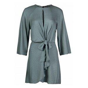 Vestido Em Tecido De Viscose Maquinetada Com Decote Diferenciado