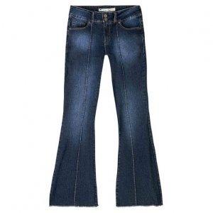 Calça Jeans Flare Feminina Em Algodão Com Recorte E Lavação