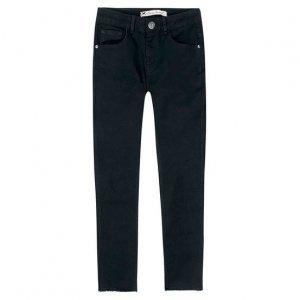Calça Feminina Skinny Em Jeans De Algodão Com Barra Desfiada