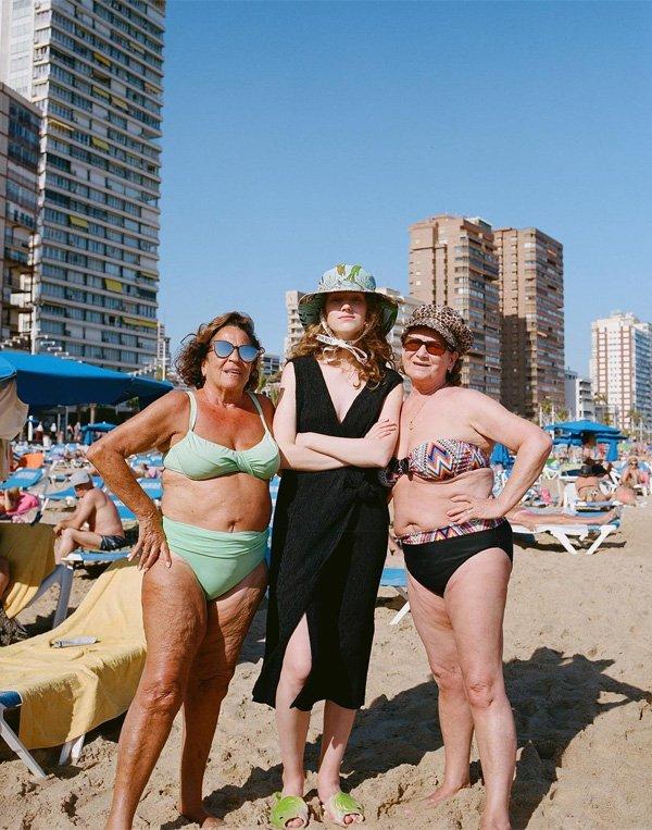 Berta Pfirsich - biquini-vestido-preto-chapeu - biquini - verão - street style