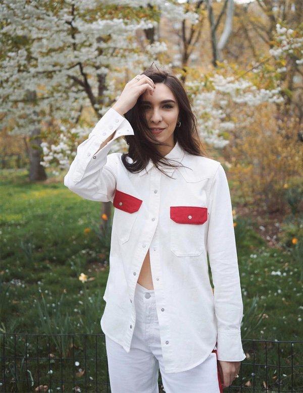 Frida Becker - camisa-branca-bolso-vermelho - camisa - meia estação - street style
